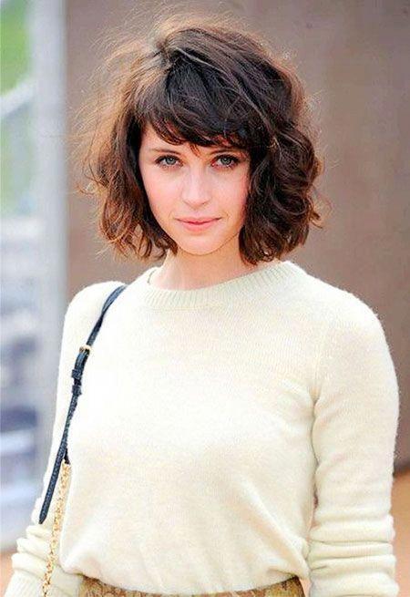 Short Hair Bangs Curly Curlybangs Wavy Bob Hairstyles Curly Hair Styles Naturally Curly Hair Styles