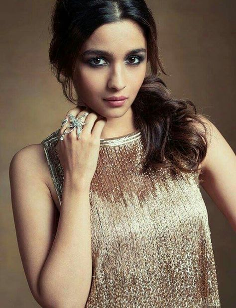 princess Alia bhatt #beautiful #hot...