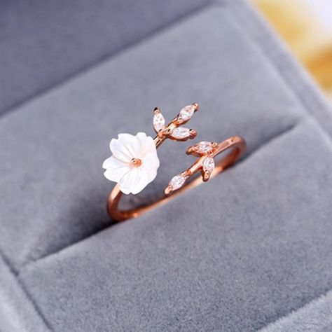 Moissanite Flower Engagement Ring Set Yellow Gold Flower Ring Engagement Ring with Eternity Diamond Band - Fine Jewelry Ideas Cute Promise Rings, Cute Rings, Pretty Rings, Unique Rings, Rose Gold Promise Ring, Delicate Rings, Beautiful Rings, Engagement Ring Settings, Vintage Engagement Rings