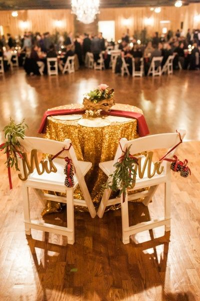 Winter Wedding Head Table Love The Gold And Maroon Winter