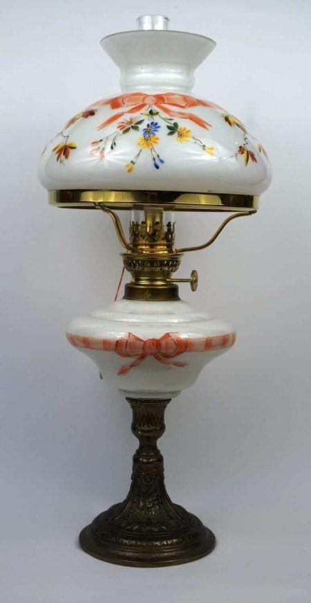 Petroleumlampe Handbemaltes Jugendstil Motiv Farblich Passend Tank Und Glas Stark Verzierter Gussfuss Neu Petroleumlampe Petroleum Lampe Lampe