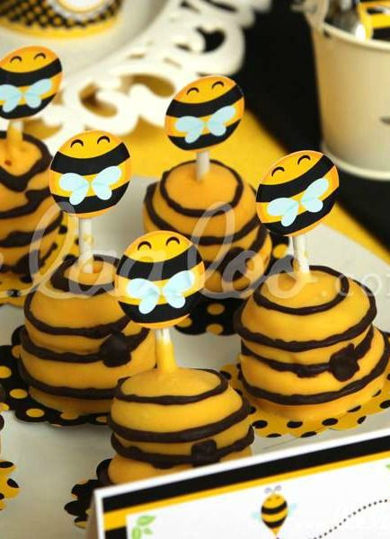 Black White And Yellow Cake Pops For A Bumble Bee Birthday