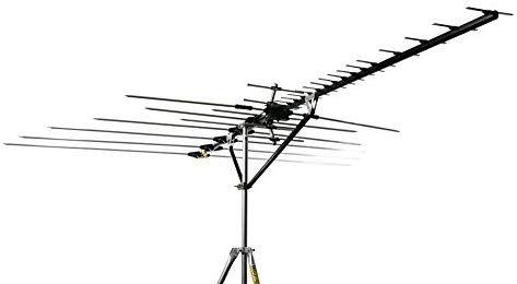 Channel Master Cm 5020 Directional Outdoor Tv Antenna 100 Mile Range Masterpiece Series Outdoor Tv Antenna Outdoor Tv Tv Antenna