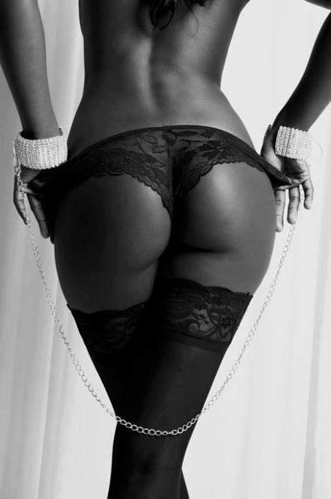 Hot Black Girls | BestDatingWebsites101.com