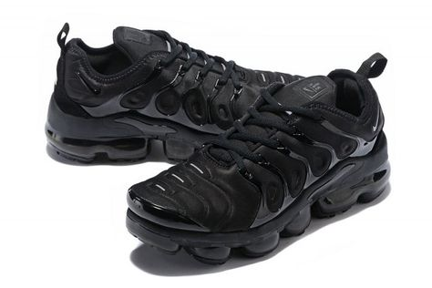nike air max plus tns trainers triple schwarz