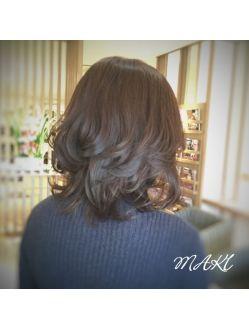 40代50代にもおすすめ ミディアムレイヤースタイル ヘアスタイリング ヘアスタイル 髪型