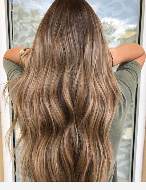 It is a toffee hair color #haircolorbalayage - #color #Hair #haircolorbalayage #toffee