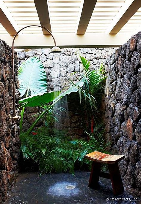 10 Eye-Catching Tropical Bathroom Décor Ideas That Will Mesmerize You - Outdoor shower: it is almost impossible do not love the plants right there as if surrounded by a wa - Outdoor Baths, Outdoor Bathrooms, Outdoor Showers, Luxury Bathrooms, Indoor Outdoor, Plants Indoor, Outside Showers, Master Bathrooms, Outdoor Pool