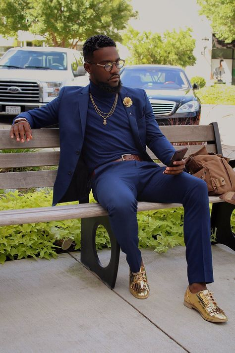 Black men in suits, white prom suits for men, black mens fashion suits, b. Black Suit Men, Men In Black, White Prom Suits For Men, Black And Gold Prom Suit, Mode Masculine, Mens Fashion Suits, Mens Suits, Men Looks, Men Prom Looks
