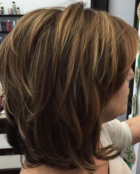 20 Kurze Bis Mittlere Geschichtete Haarschnitte Bis Geschichtete Haarschnitte Kurze Mittlere Haarschnitt Frisuren Haarschnitte Mittellange Haare Stylen