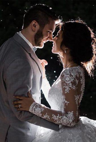30 Best Ideas For Outdoor Wedding Photos Wedding Forward Outdoor Wedding Photos Vintage Wedding Photography Wedding Photography Styles