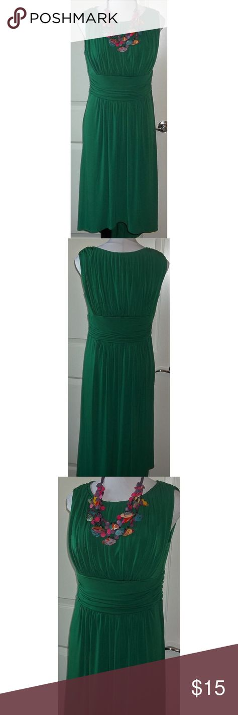 Emerald green gathered busty dress stretch blend Bust measures 44