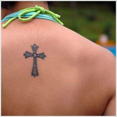Tatuaggi Croci I Disegni Per Lei Foto Pourfemme Tatuaggi