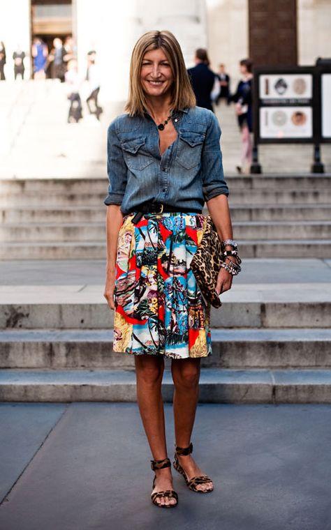 Camisa de jean y pollera floreada