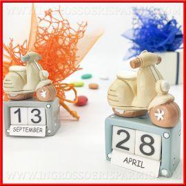Calendario Perpetuo Design Con Vespa Battesimo E Comunione Bomboniere Originali E Utili Bomboniere Battesimo Bomboniera