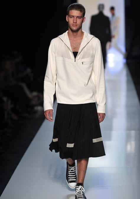 Pin Di Andreas Becke Su Guys In Skirts And Dresses Moda Uomo Moda Stilisti