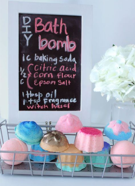 Want to make the perfect bath bombs. Try this DIY Bath Bombs Lush Style and get bath bombs that are just like lush but not as expensive.