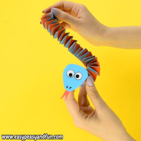 Even if you're not a fan of snake you'll have to admit this accordion paper snake craft for kids is just adorable!