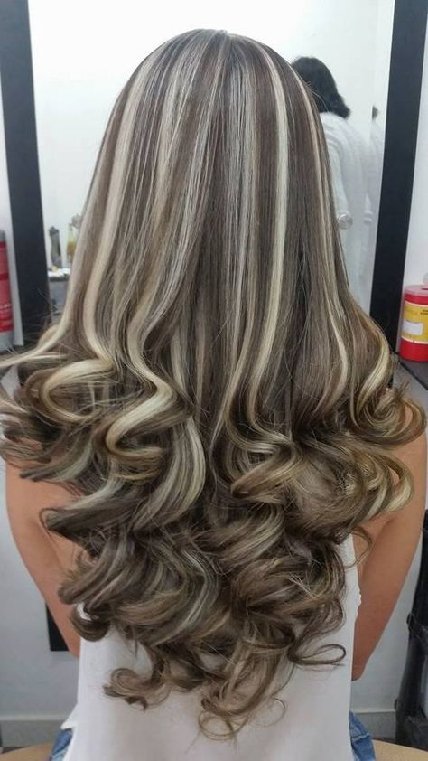 21 Top Hairstyles That You Will Love The Haircut Web Frosted Hair Brown Blonde Hair Hair Styles