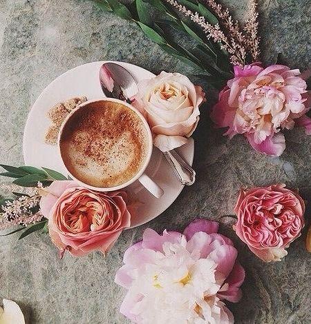 Kak Sdelat Utro Dobrym Pobalovat Sebya Chashechkoj Aromatnogo Kofe
