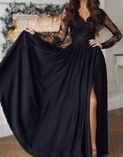 Robe de soirée longue en noire avec demi manches