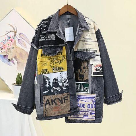 [EWQ] Vintage Full Sleeve Appliques Newspaper Pattern Large Size Black Denim Jacket