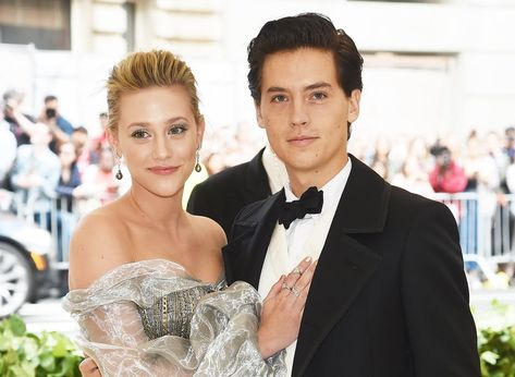 Riverdale's Lili Reinhart opens up about her relationships with Cami Mendes and Cole Sprouse.