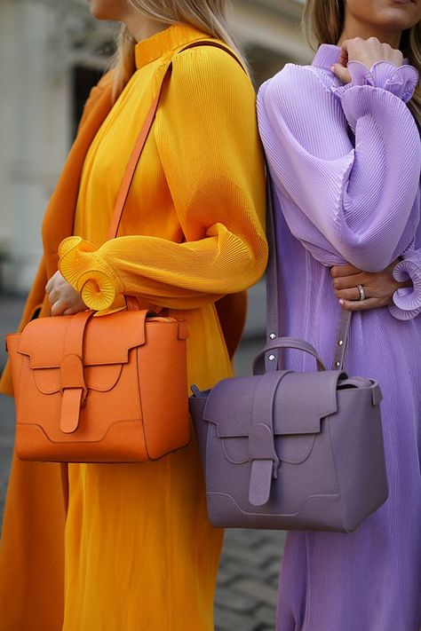 Fashion details // Senreve bags in orange and lilac // Atlantic-Pacific