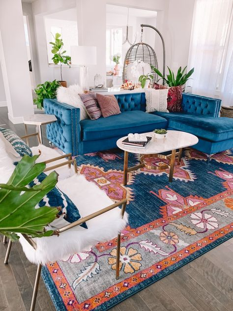 Colourful Living Room, Boho Living Room, Home And Living, Colorful Rooms, Colorful Apartment, Bright Living Room Decor, Eclectic Living Room, Blue Home Decor, Eclectic Decor
