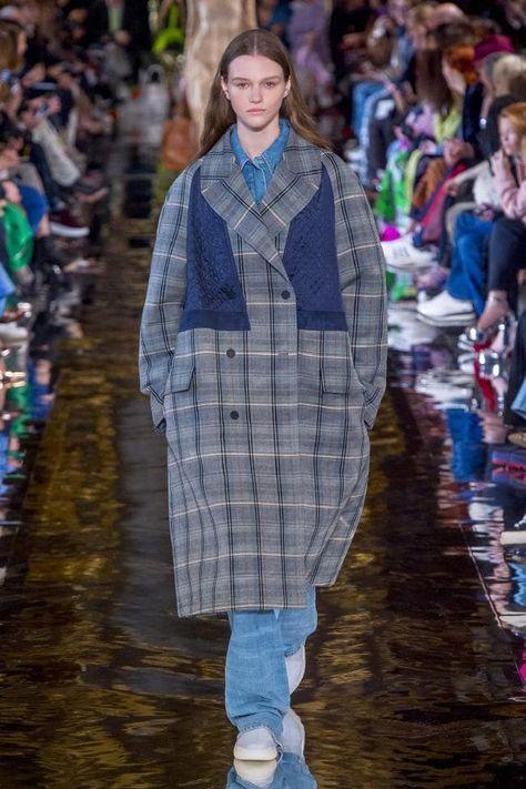 Stella McCartney ready-to-wear autumn/winter '18/'19 - Vogue Australia