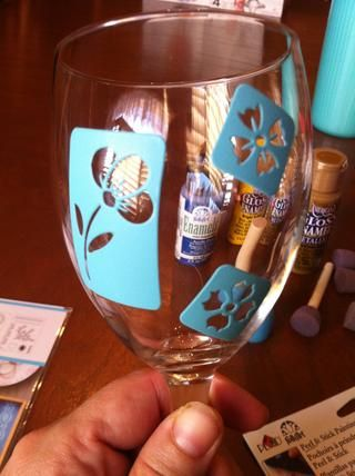 Learn The Basic Tips And Tricks On How To Paint Glass Homesthetics Inspiring Ideas For Your Home Wine Crafts Decorated Glasses Diy
