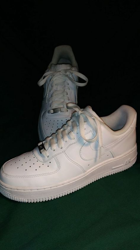 MINT 2014 (315122) Nike Mens 7.5 Air Force 1 (White on
