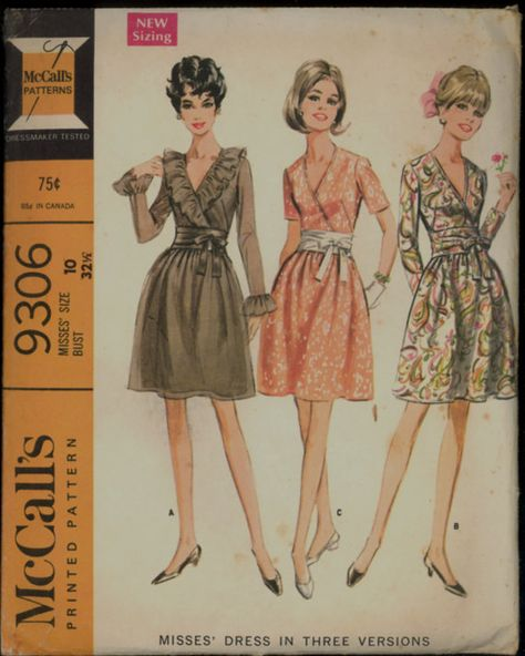Vintage Womens Dress Pattern, McCalls 9306 Sewing Pattern, Size Pattern is uncut (not factory folded) and complete.