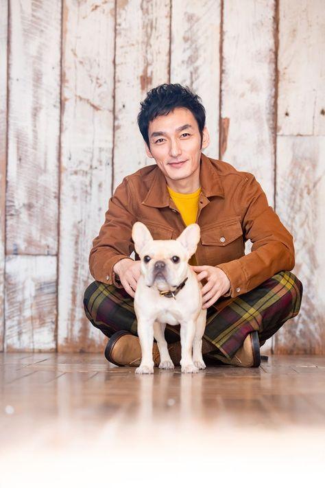 (画像2/3) 草なぎ剛、愛犬・クルミちゃんと初表紙「クルミがメイン」の生活を明かす