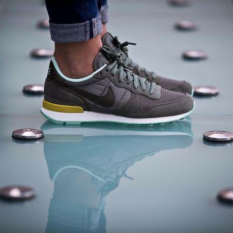 new product 762ca 62d06 Trainers   Nike • Internationalist • Khaki Mint