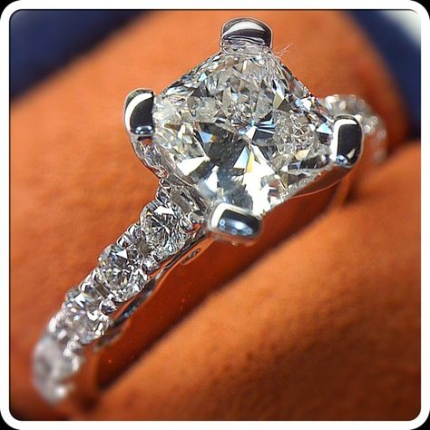Cushion cut diamonds may resemble a comfy pillow but this one in the Insignia-7001 looks as cool as ice. @Verragio