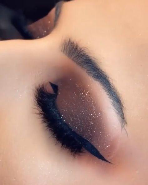 Sparkly Brown Smokey Eye
