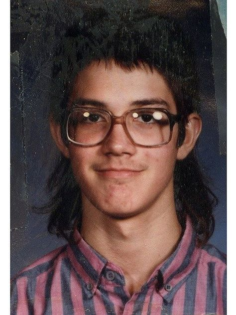 20 Of The Most Awkward Yet Hilarious School Photos Of All Time .