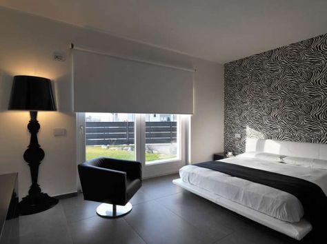 Arredare casa con pavimento scuro - Camera da letto nera e bianca ...
