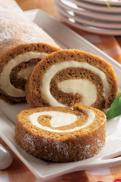 Spiced Pumpkin Roll Daisy Brand Sour Cream Cottage Cheese In 2020 Daisy Sour Cream Pumpkin Roll Pumpkin Rolls Recipe