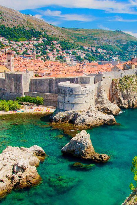Dubrovnik Kroatien Dubrovnik Und Zum Abschluss Geht Es Noch Einmal Zuruck Nach Kroatien Diesmal In Die Einmalig Scho Croatia Travel Places To Visit Croatia
