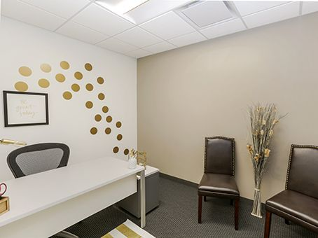 Office Space In Riverfront Regus Us We Have Luxurious Professional Offices Ready To Go What We Don T Have Is High Pr Office Space Home Decor Furnishings