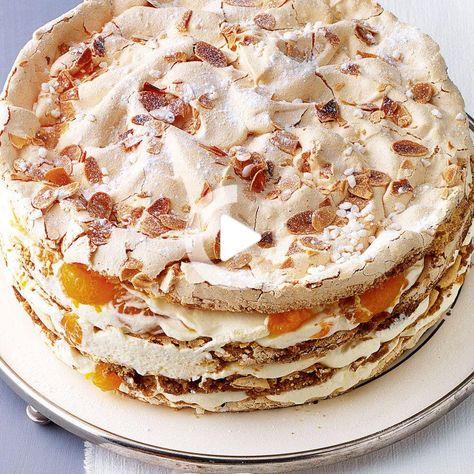 Schicht Torte In 2020 Sweet Bakery Desserts Food