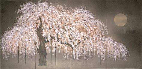 加山又造《淡月》〔1996年 紙本彩色 郷さくら美術館蔵〕 戦後日本画の革新を担う旗手として活躍した加山又造(1927-2004)は、その功績で1997年には文化功労者に顕彰され、2003年には文化勲章を受章しました。 生誕90年にあたる2017年、鮮やかな手法で現代日本画の革新に挑んだ加山又造の大回顧展が、東京の日本橋髙島屋で開催されています。加山又造の加山の画業を、初期から晩年に至る約70余点の作品で辿ります。(~3月6日まで) 加山又造《紅白梅》〔1965年 紙本彩色 個人蔵〕 本展の見どころを、企画協力のアート・ベンチャー・オフィス ショウの市川詠子さんにうかがいました。 「加山又造は、京都西陣の和装図案を生業とする家に生まれ、幼少時から描くことに親しみ才能を発揮していました。京都市立美術工芸学校(現・京都市立芸術大学)から東京美術学校(現・東京藝術大学)へと進み、終戦直後の伝統絵画の危機に直面しながら、ラスコー洞窟壁画、ブリューゲル、ルソー、ピカソを始めとする西欧の様々な絵画を貪欲に吸収しつつ独自の表現へと発展させました。 加山の表現は、日本画の伝統的な意匠や様式を鋭い...