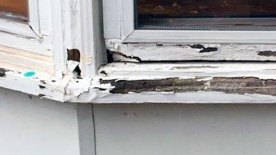 Repairing Window Sills Sashes And Brick Molding Brick Molding Window Restoration Home Window Repair