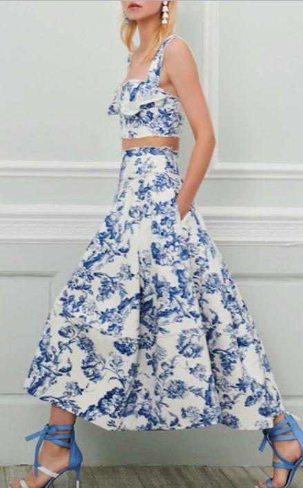 Selena Gomez Wore a New Version of Meghan Markle's Prettiest Dress via @WhoWhatWearUK
