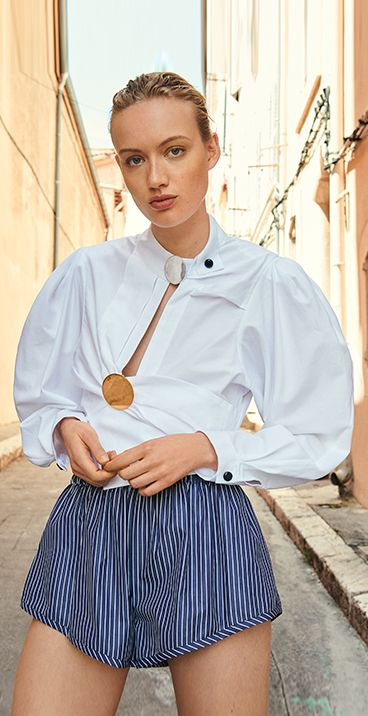 Purify your summer staples with minimalist cuts from Jacquemus, Marni and Courrèges. Explore the edit on Farfetch.