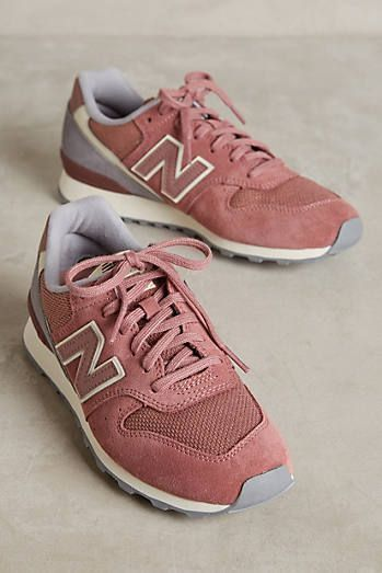 difference between new balance 996 and 696