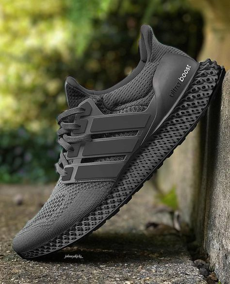 🤤 Adidas ultraboost x . Sneakers Mode, Best Sneakers, Adidas Sneakers, Shoes Sneakers, Nike Shoes Men, Chanel Sneakers, Sneaker Outfits, Converse Sneaker, Mens Fashion Shoes