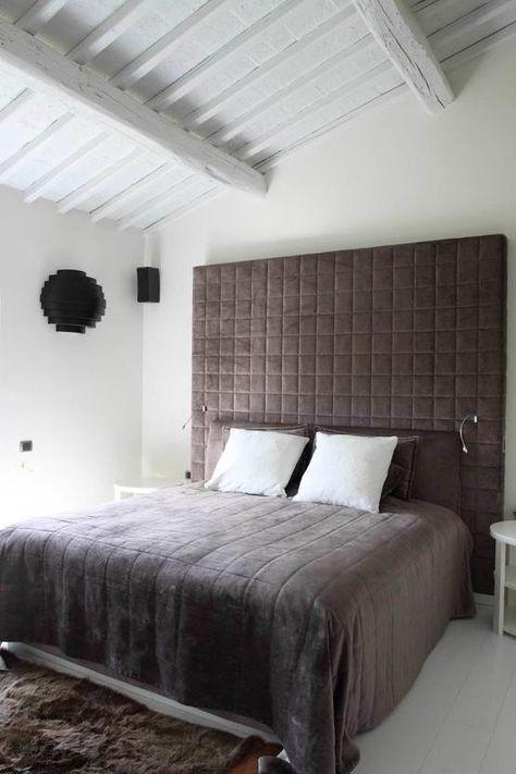 Ristrutturazione casa colonica : Camera da letto moderna di CuboBianco